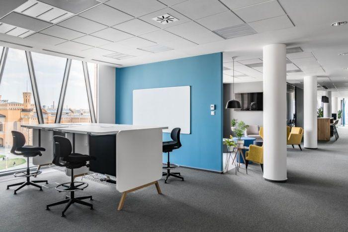 具备设计感的合肥it公司办公室装修风格