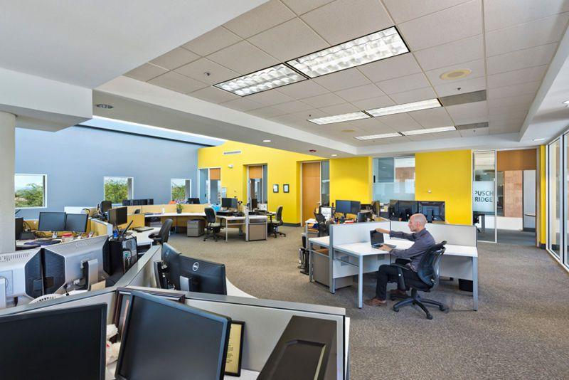 人性化的科技信息公司办公室装修要把握哪些方面